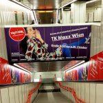 TK MAXX Stationbranding